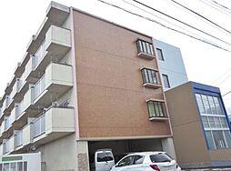 山梨県南アルプス市荊沢の賃貸マンションの外観
