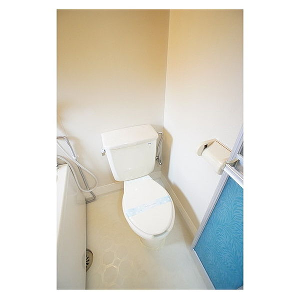 中山ハイツの清潔感のあるトイレ