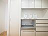 キッチン背面のバックカウンターも設置されています。食器やキッチン小物を上手に収納できそうですね。,3LDK,面積72.82m2,価格4,199万円,西武新宿線 田無駅 徒歩4分,,東京都西東京市田無町3丁目