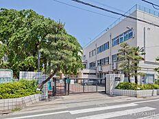 練馬区立練馬東小学校 距離680m