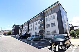 愛知県岡崎市東大友町字松花の賃貸マンションの外観