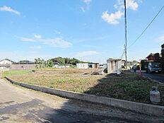 約208坪の大型敷地、区域指定地内につきどなたでも住宅の建築が可能です。建築条件ありません。
