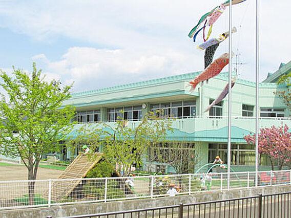 あけぼの幼稚園...