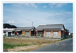 佐賀県唐津市神田の賃貸アパートの外観
