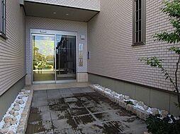 ニドフェリス[2階]の外観