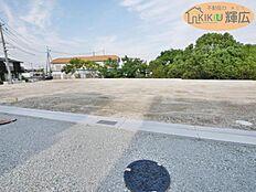 明姫幹線近くの便利な立地です。