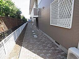千葉県柏市花野井の賃貸マンションの外観