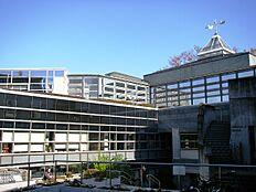 図書館上北沢図書館まで410m