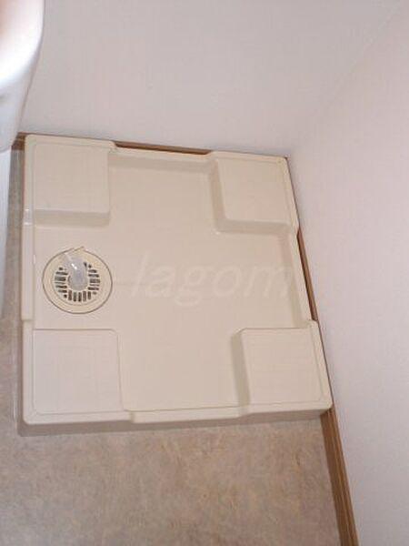 スワンズ難波パークビューの室内洗濯機置き場