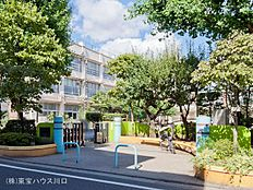 練馬区立大泉第三小学校 距離1080m