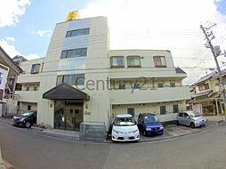 兵庫県川西市山下町の賃貸マンションの外観