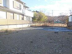 駅まで平坦な閑静な住宅街 建築条件無し売地限定1区画
