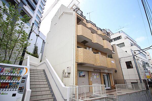 神奈川県横須賀市若松町3丁目の賃貸マンションの外観