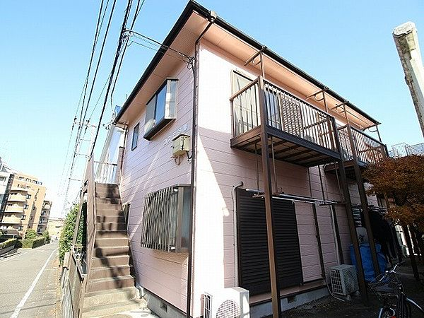 東京都稲城市百村の賃貸アパートの外観