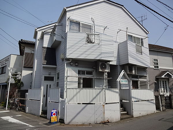 プチハウス[101号室]の外観