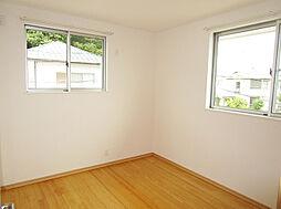 「2階洋室」