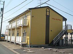 愛知県小牧市大字三ツ渕の賃貸アパートの外観