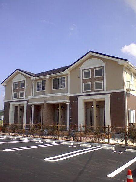 山口県下関市伊倉新町3丁目の賃貸アパートの外観