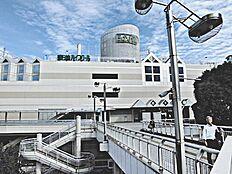 歩道橋よりJR取手駅