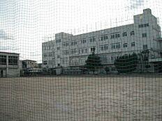 中学校文京区立文林中学校まで672m