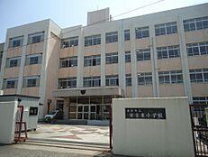 小学校安室東小学校まで421m