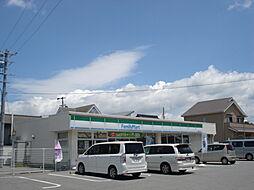 ファミリーマート武豊桜ヶ丘店 徒歩 約13分(約1000m)