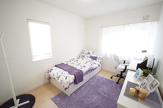 ○2階洋室6....