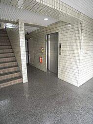アバンティイスズ[3階]の外観