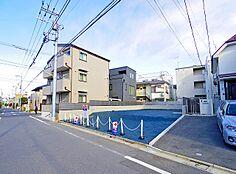 現地 駅7分の立地にして閑静な住宅街です。