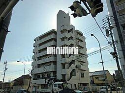 ファミール鶴里[6階]の外観