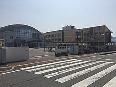 紀の川市立打田中学校まで2276m