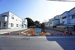 善福寺公園までは徒歩7分という周辺ロケーションとなっております。