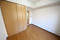 ランドマークシティ大阪城南の洋室