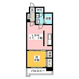 カルフール[2階]の間取り