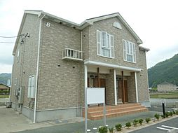 三重県松阪市小片野町の賃貸アパートの外観