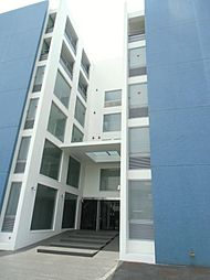 埼玉県草加市草加4丁目の賃貸マンションの外観