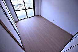 上田マンションの洋室2