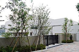 板橋区立赤塚第二中学校(264m)