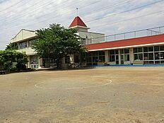 市立第二幼稚園 950m
