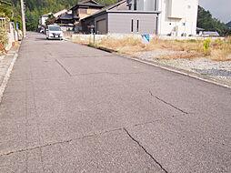 前面約6m道路に接道した開放的な立地。