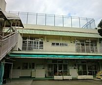 保育園本町第三保育園まで882m