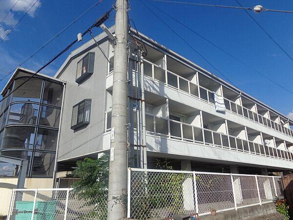 兵庫県小野市本町1丁目の賃貸マンションの外観
