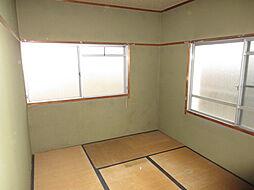 北側和室:北側でもこの明るさ。壁紙を明るい色にするとグッと雰囲気が変わります。