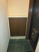 玄関にシューズインクローゼットもあるため、綺麗に整頓することが出来ます。