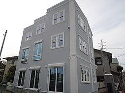 東京都世田谷区成城2丁目の賃貸アパートの外観