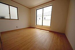 全居室収納付きでお部屋がスッキリ片付きます