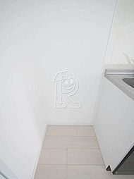 メイソンデグレース天神南の大型冷蔵庫も置ける広いキッチン。