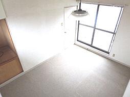 リフォーム中 2階西側6帖洋室 床フローリング重ね張り、壁・天井クロス張替、照明器具交換、火災警報器設置予定 帰ってきたらホッとできる自分一人だけのプライベート空間の確保で心地よい住まいづくりを