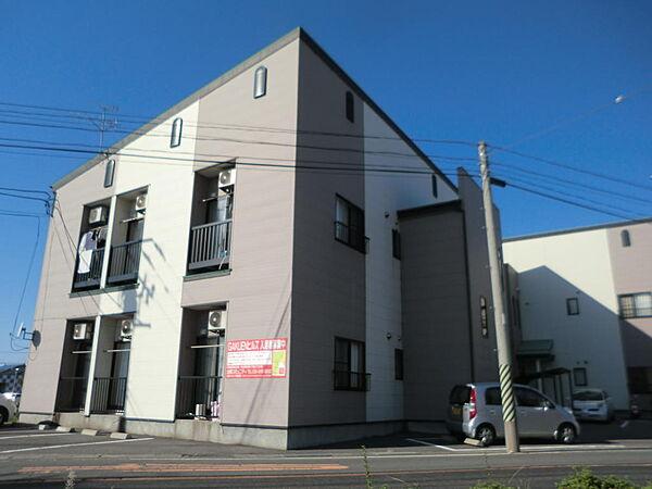 新潟県新潟市東区海老ケ瀬の賃貸アパートの外観