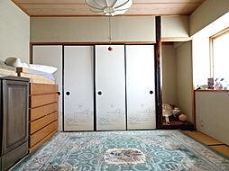 リビング横の6帖和室。居室としても、リビングの一部としても活用できる寛ぎの間です。(2019年2月15日撮影)